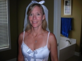 Bruidje heeft huwelijksnacht met haar minnaar!